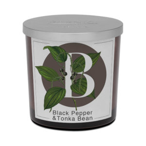 Pernici black papper and tonka bean big scented candle
